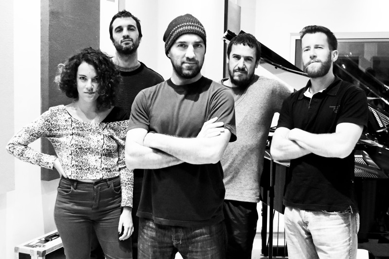 Sanguinetti plays Radiohead (300dpi) - pic x Pablo Astudillo